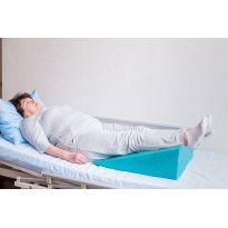 Клиновидная подушка под ноги