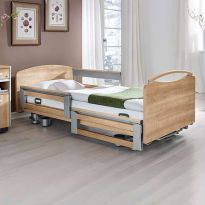 Медицинская кровать с электроприводом Stiegelmeyer Libra