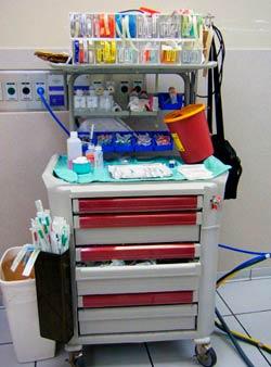 Тележка анестезиолога многофункциональная