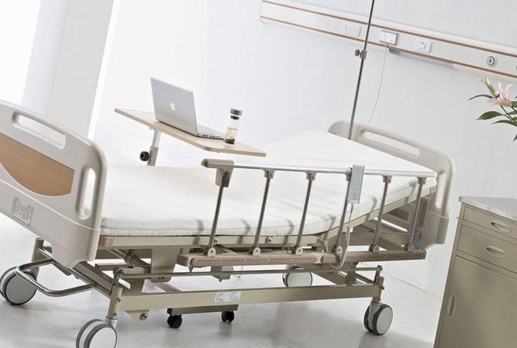 Электрическая функциональная кровать: разложенном состоянии